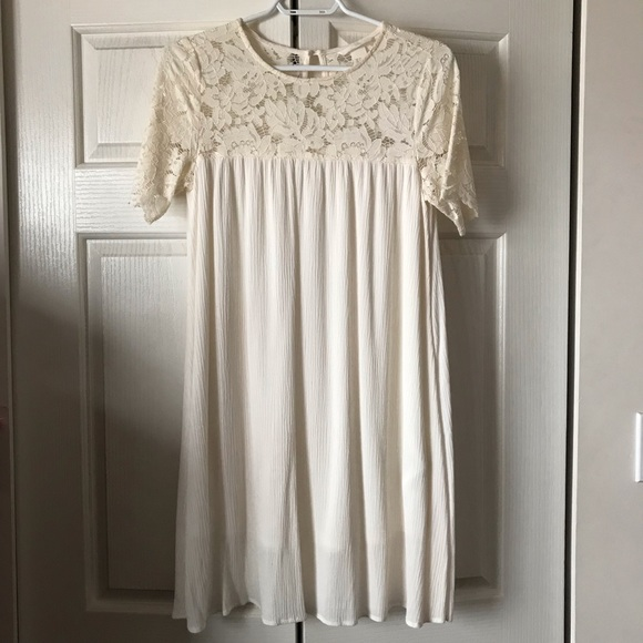 H&M Lace T-shirt Dress